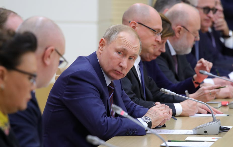 DECISION MAKING ON SECURITY ISSUES – US AND RUSSIAN FEDERATION